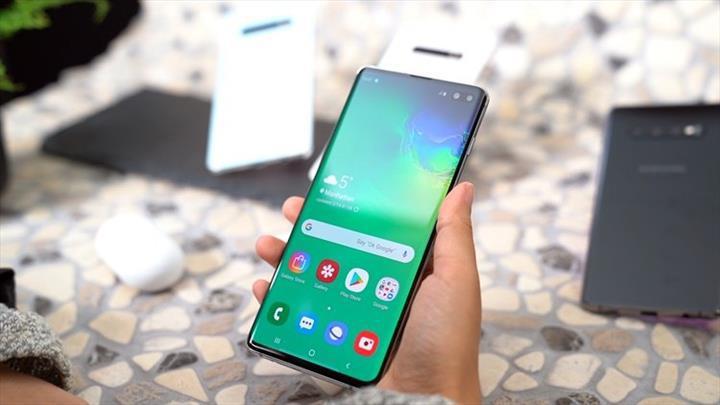 Samsung'un ekran altı kameraya sahip telefonu, 2020'nin ilk yarısında gelebilir