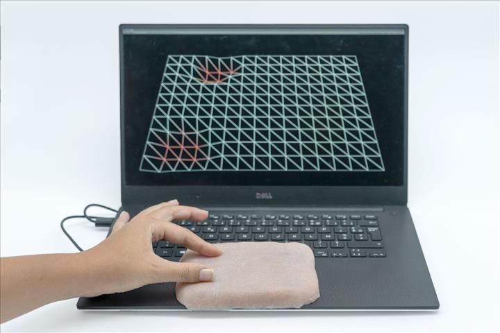 Çok fonksiyonlu yapay deri, teknolojik cihazlarda kullanıldı