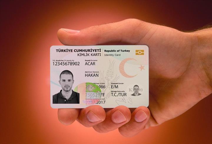 Alışverişlerde yeni TC kimlik kartları ile ödeme yapılabilecek