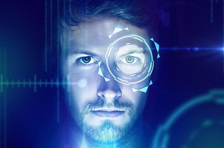 Avusturalya, yetişkin sitelere girenlerin yaşını, yüz tanıma teknolojisiyle doğrulamak istiyor