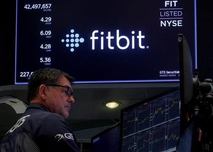 Google'ın ana şirketi Alphabet, giyilebilir teknolojiler üreten Fitbit'i satın alabilir