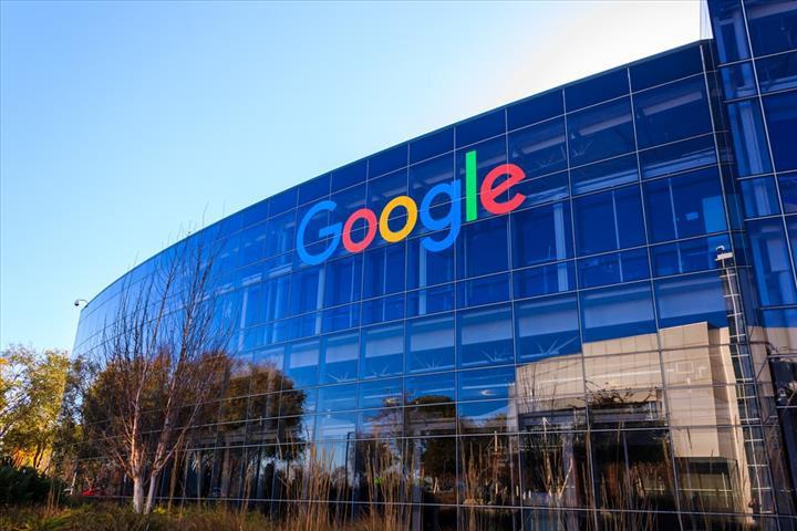 Google, arama motorunda artık Flash içeriği listelemeyeceğini açıkladı