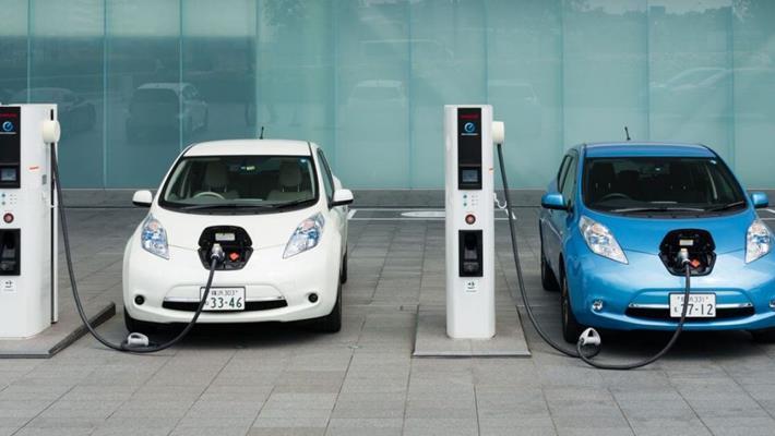 Yeni bir pil teknolojisiyle, elektrikli otomobiller 10 ...