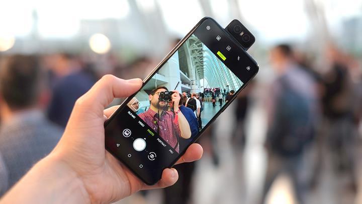 Asus Zenfone 6 için Android 10 güncellemesi dağıtılmaya başlandı