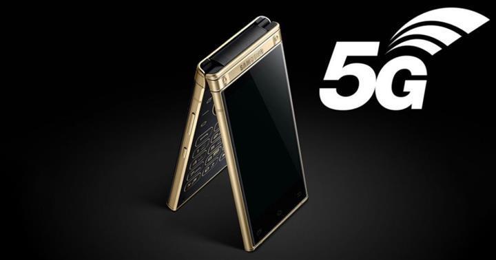 Samsung'un dikey olarak katlanabilen telefonu W20 5G, bu ay piyasaya sürülebilir