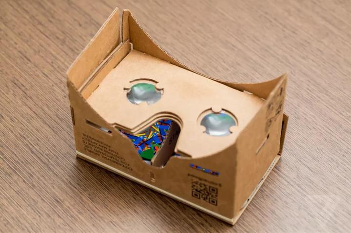 Google, Cardboard'u açık kaynak kodlu yaptığını açıkladı