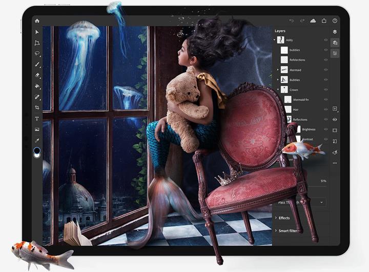 Adobe'un iPad cihazlar için kullanıma sunduğu Photoshop uygulaması beğenilmedi