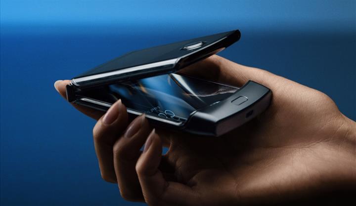 Motorola Razr küllerinden doğuyor