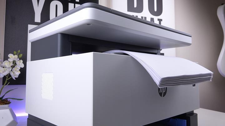 Dünyanın ilk tanklı lazer yazıcısı!