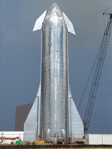 SpaceX'in Starship Mk1 prototipi basınç testi sırasında patladı!