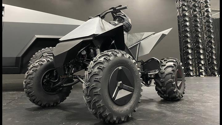 Tesla Cyberquad ATV aracı detaylandı