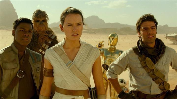 """JJ Abrams: """"Skywalker'ın Yükselişi'nin senaryo kopyası Ebay'e düştü!"""""""