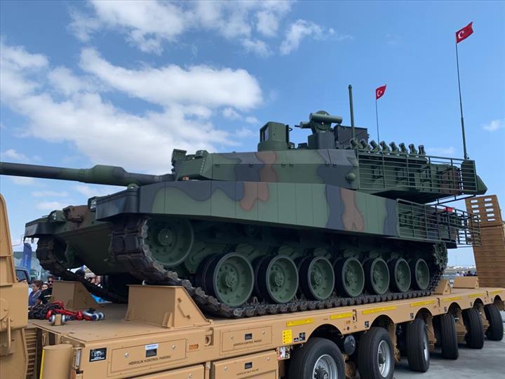 BMC'nin tank taşıyıcı araçları Milli Savunma Bakanlığı'na teslim edildi