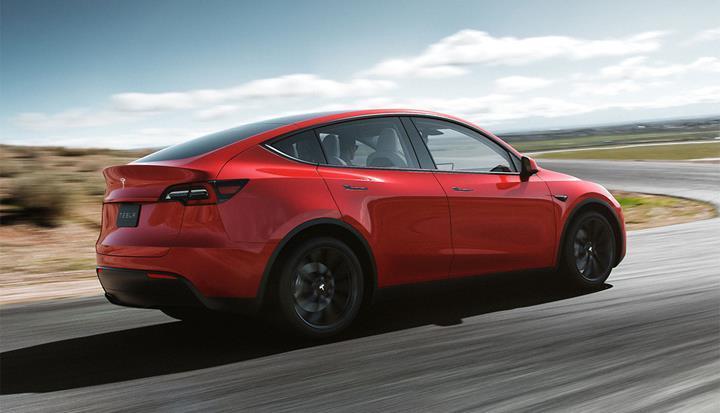 Tesla Model Y üretimi beklenenden daha erken başlayabilir