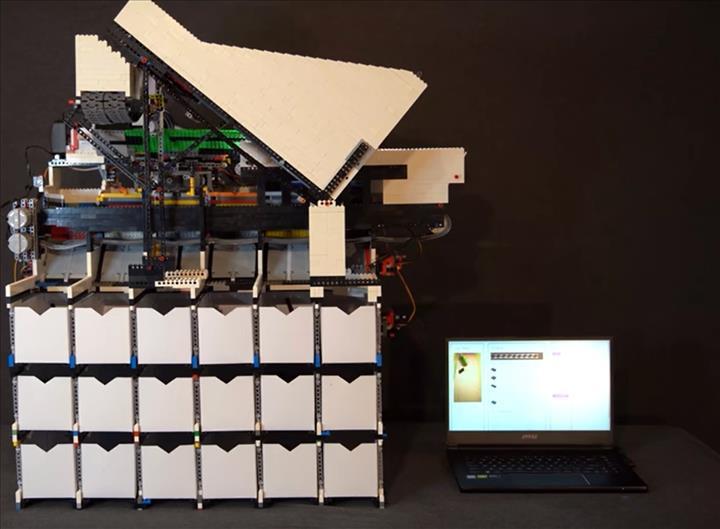 Yapay zekalı LEGO ayrıştırma makinesi ile tanışın