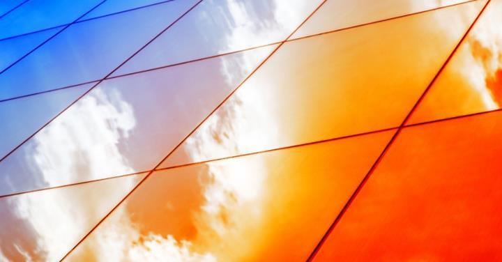 Bilim insanları, güneş pillerine delik açarak şeffaf hale getirmeyi başardı