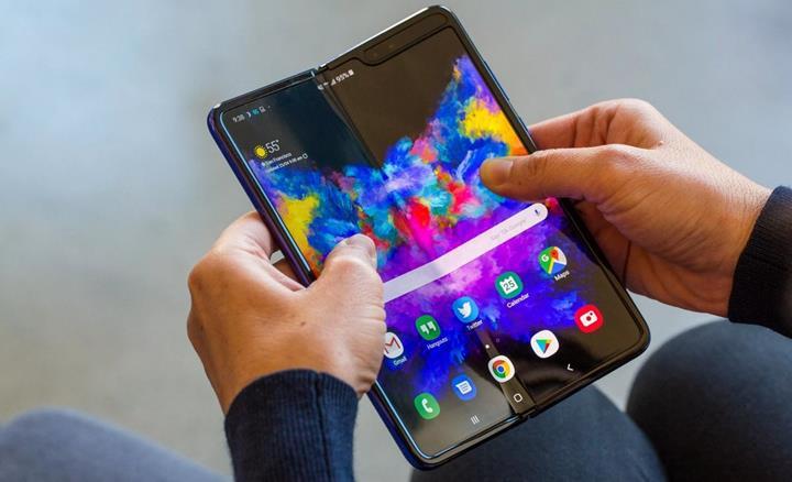 Samsung reddetti: Henüz 1 milyon Galaxy Fold satmadık