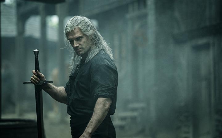 The Witcher dizisi hangi saatte yayınlanacak?