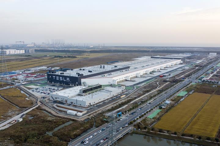 Tesla'dan Çin üretimi Model 3 fiyatlarına indirim geliyor