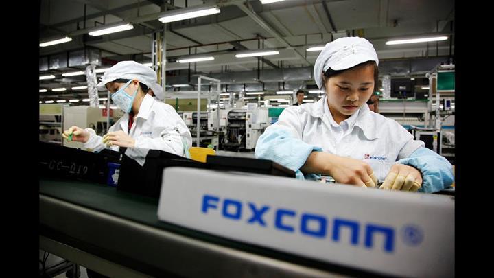 Apple'ın iş ortağı Foxconn dolandırıldı ve piyasaya milyonlarca hatalı iPhone sürüldü