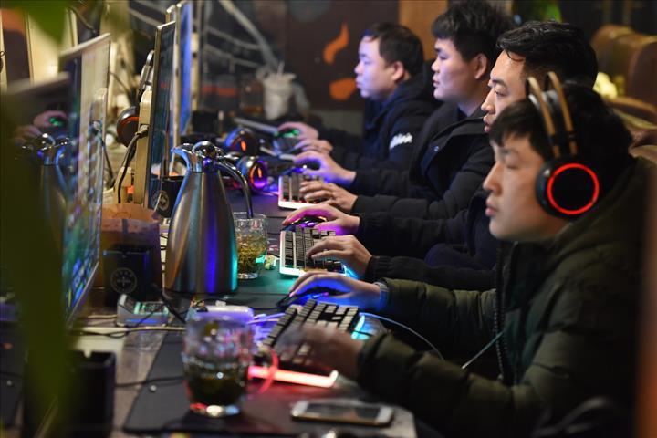 Çin devleti internet algoritmalarının olumlu yorumları öne çıkarmasını istiyor