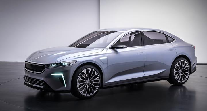 Yerli otomobilin sedan versiyonu tanıtıldı