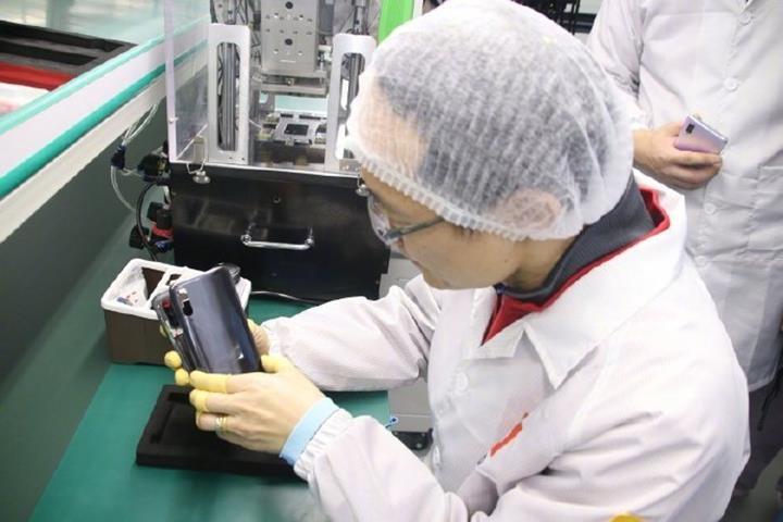 Xiaomi amiral gemisi akıllı telefonlarını üretmek için kendi fabrikasını kurdu