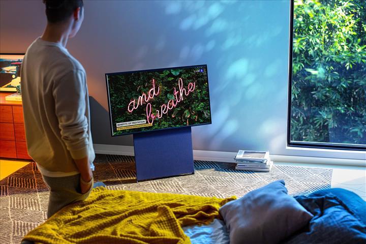 Samsung'un dikey olarak da kullanılabilen televizyonu The Sero, Kore dışında da satılacak
