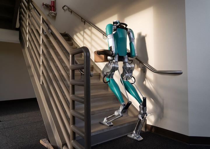 İnsansı teslimat robotu Digit satışa sunuldu