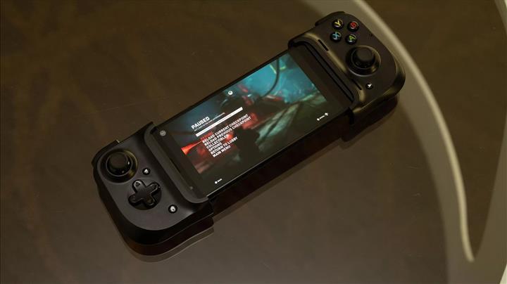 Razer Kishi oyun kontrolcüsü en düşük gecikmeye odaklanıyor
