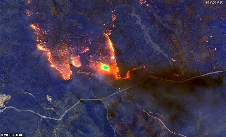 Avustralya'daki korkunç yangınların boyutunu gösteren uydu görüntüleri