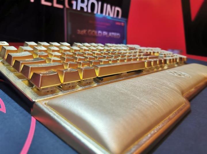 ADATA tam 10 bin dolarlık klavye hazırladı