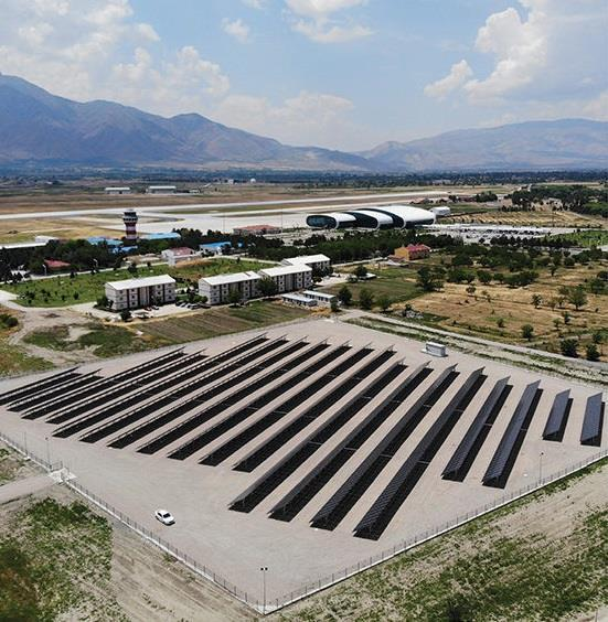 Erzincan Havalimanı'nda güneşten elektrik elde edilmeye başlandı