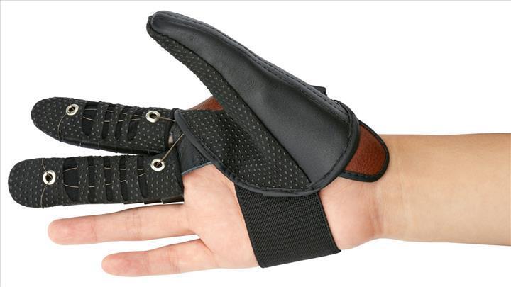 Felçli eller için protez eldiven üretildi
