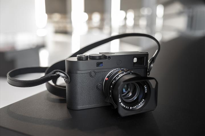 Leica M10 Monochrom tam kare fotoğraf makinesi duyuruldu