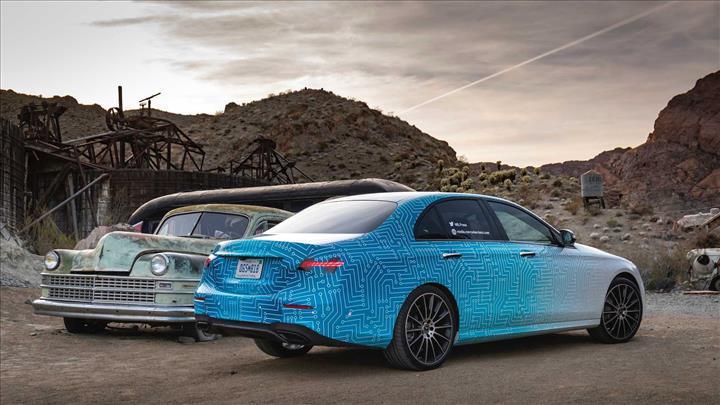 Makyajlı Mercedes-Benz E Serisi'nden yeni detaylar geldi