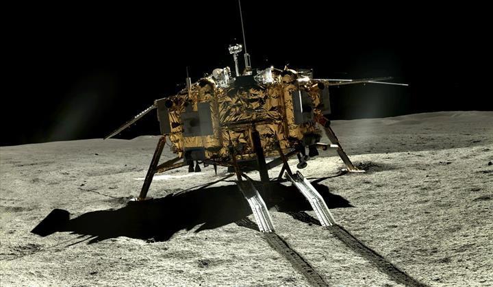 Çin, Ay'ın uzak yüzünden yeni fotoğraflar paylaştı