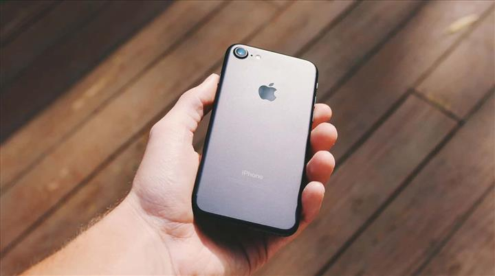 Apple, iPhone 9'un test aşamasına geçti