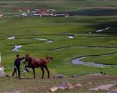 Burhan Toy, Köyde yaşam / Ağrı