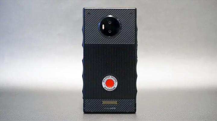 Hızlı ve Öfkeli 9, RED Hydrogen One'ı yeniden hatırlattı