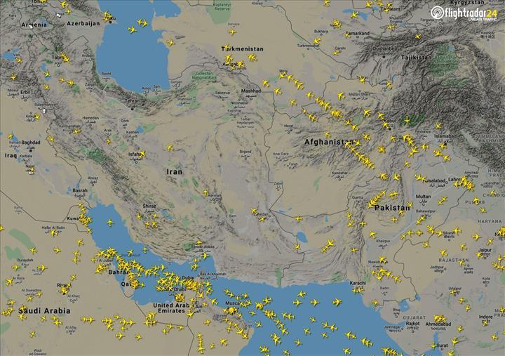 İran'dan geçmek istemeyen uçaklar Afganistan'a servet kazandırıyor