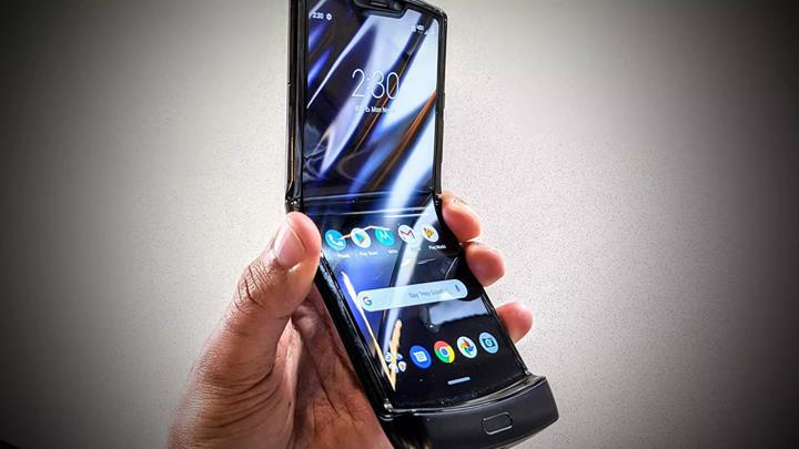 Motorola Razr 2019'un menteşesi test edildi: 27 bin katlamadan sonra bozuluyor