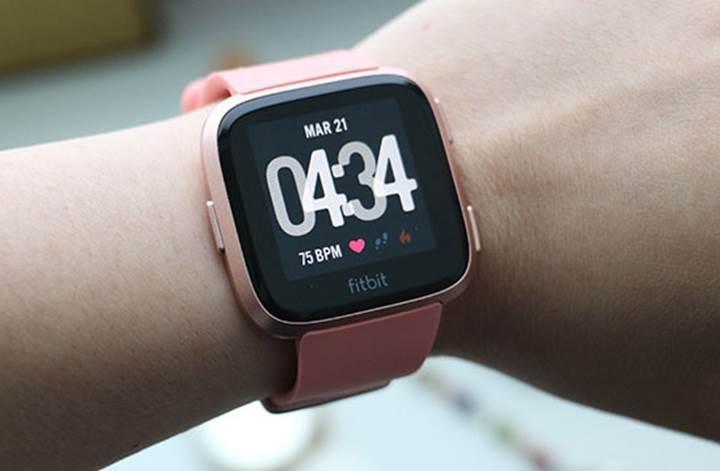 Fitbit'in sağlık uygulaması, adet döngüsünü 10 günle sınırladığı için kadınların tepkisini çekti