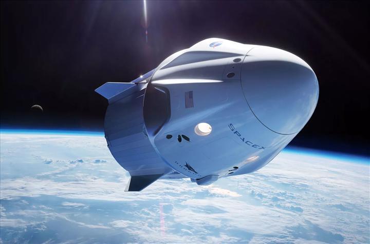 Elon Musk'ın uzay turizmi planı ortaya çıktı: 2021'de başlıyor