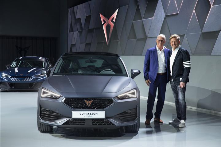 2020 Cupra Leon, hibrit ve 310 bg'lik station wagon versiyonlarıyla tanıtıldı