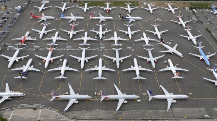 Federal Havacılık Dairesi'nin yanlış yönlendirildiği gerekçesiyle Boeing'e soruşturma açıldı