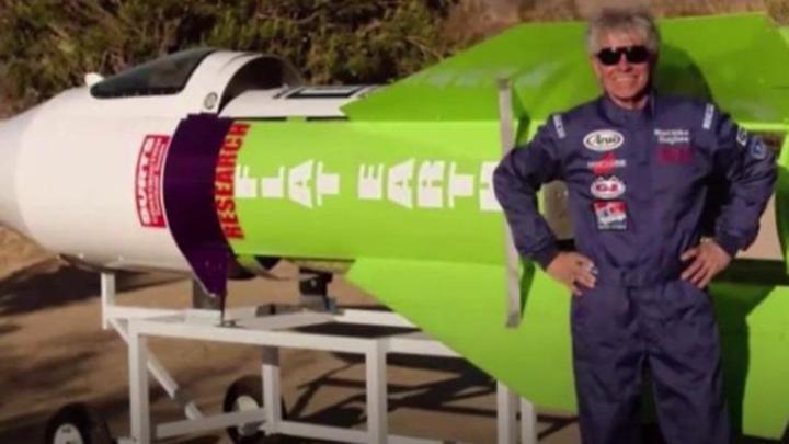 Dünya'nın düz olduğunu kanıtlamak isterken öldü: Çılgın Mike'ın roket macerasında hazin son