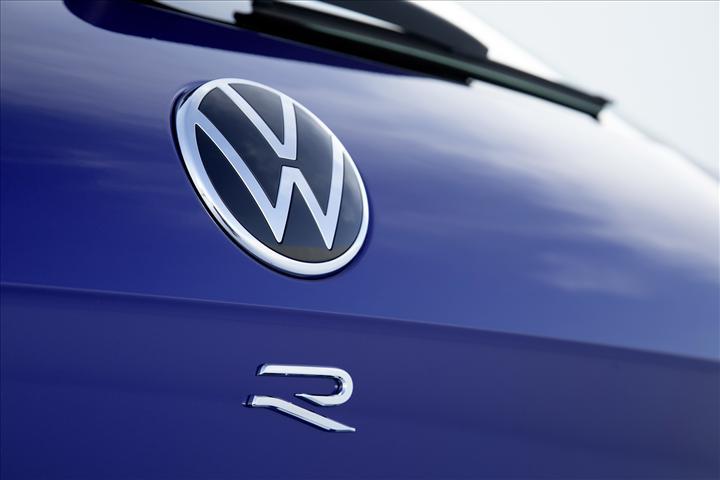 Volkswagen'den 462 beygirlik hibrit SUV: Yeni Touareg R