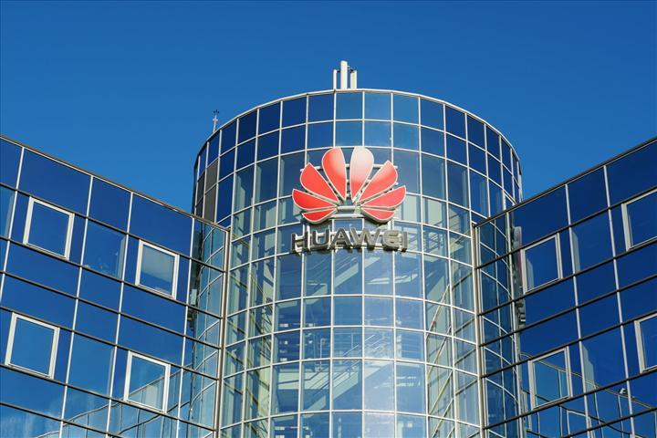 ABD Senatosu Huawei alternatifleri için 1 milyar dolar bütçe ayırdı