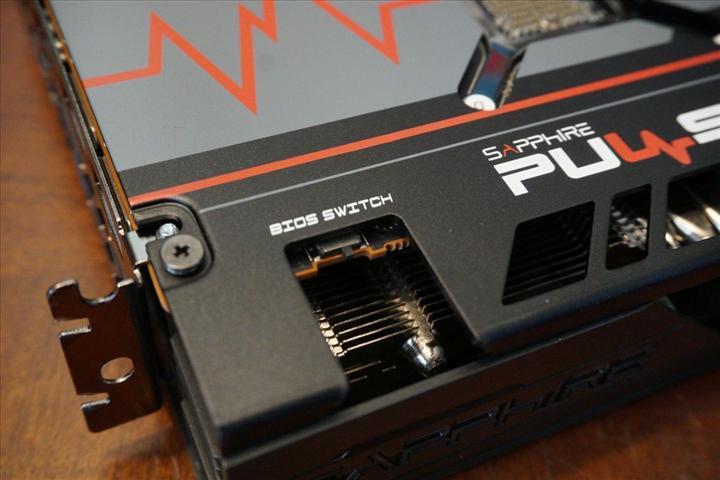 RX 5600 XT modelleri halen eski BIOS'la gönderiliyor